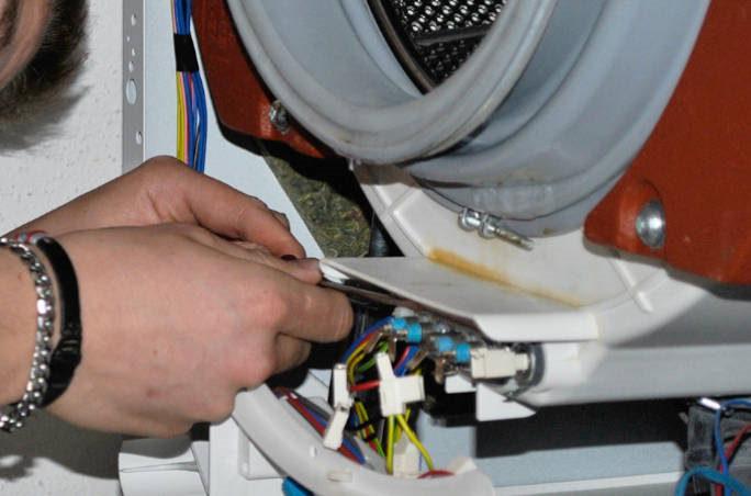 Fabulous Waschmaschine-Reparatur: Wir bringen sie wieder auf Trab OW84